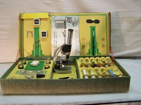Inside of the Gilbert microscope box