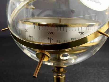 sputnik-barometer_6