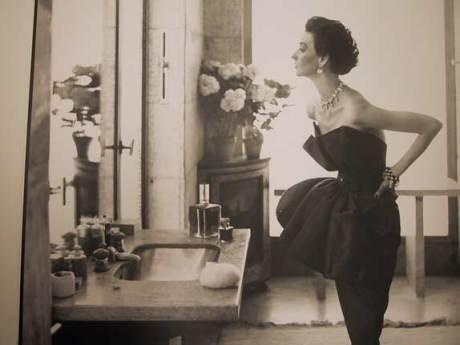 Dorian Leigh  Evening dress by Piguet, lie St.-Louis, Paris, August 1949