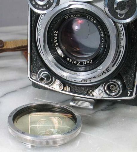 Carl Zeiss lens