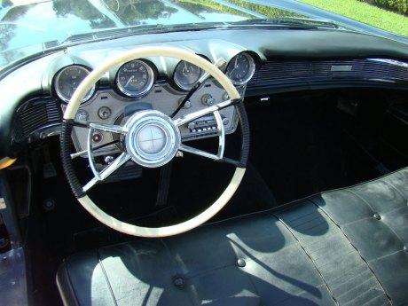 1960-Lincoln-Conv-Blk-010