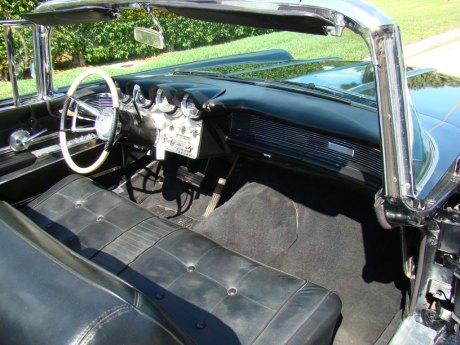 1960-Lincoln-Conv-Blk-024