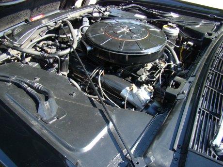 1960-Lincoln-Conv-Blk-032