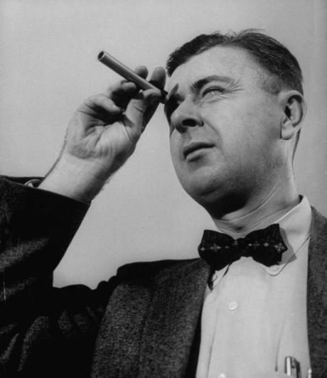 Atomic physicist Ralph E. Lapp