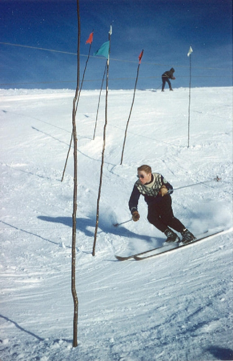 skiMcLay_HomerSecond_1950s_60s_skier2