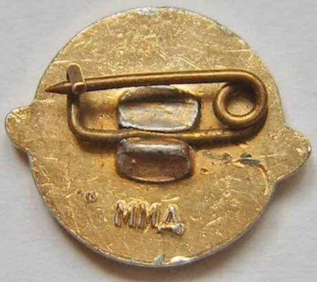 USSR satelite pin back